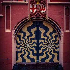 Hypnotic Door